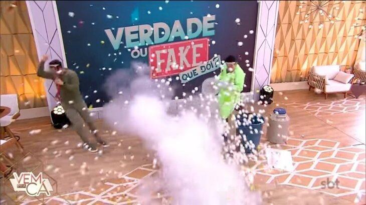 Momento em que cesta explode e Gabriel Cartolano caiu no palco do vem Pra Cá