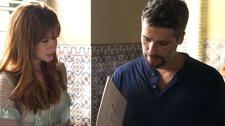 Gabriel e Luz abrem o resultado do exame de DNA