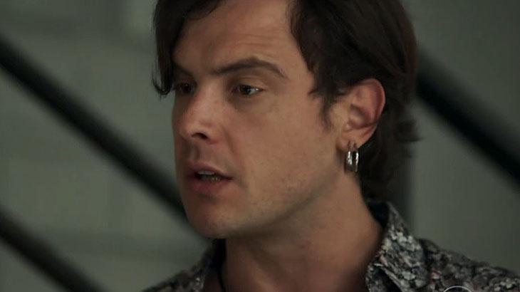 Gael chama Sophia de cínica e acusa a mãe de ter sumido com Clara