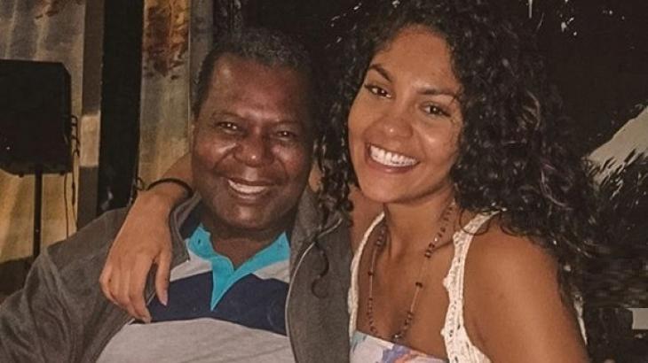Bárbara Reis se enganou ao lamentar a morte do ator Gésio Amadeu e, na sequência, esclareceu que ele está vivo - Foto: Reprodução/Instagram