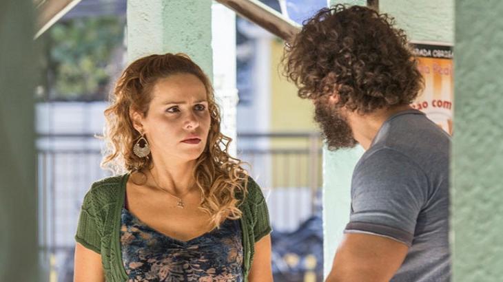 Gilda vira uma fera com armação de Dino em Totalmente Demais - Reprodução/TV Globo