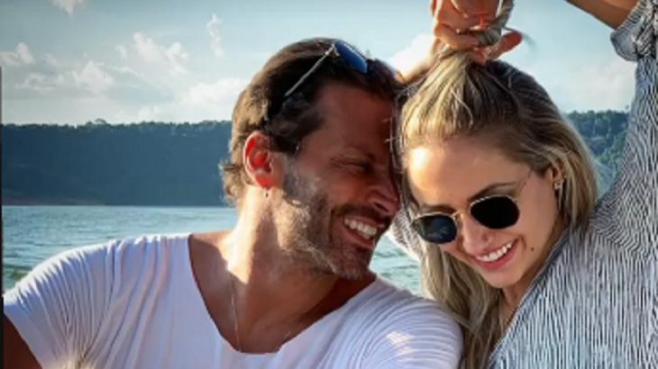 Henri Castelli e Sabrina Caminski juntos