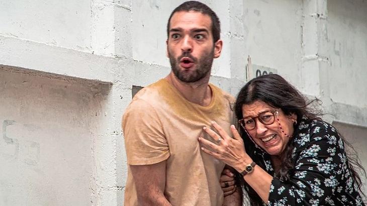 Lurdes (Regina Casé) e Sandro (Humberto Carrão) - Foto: Reprodução/Globo