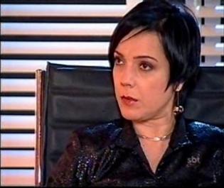 """SBT anuncia reprise de """"Cristal"""" no lugar de """"Maria Esperança"""""""