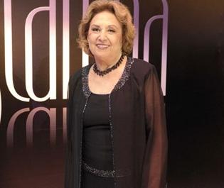 """Fina Estampa"": Eva Wilma surge para infernizar personagem de Christiane Torloni"