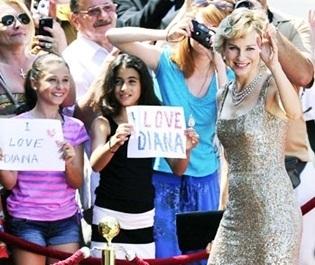 """Divulgada imagem de Naomi Watts como princesa Diana em """"Caught in Flight"""""""