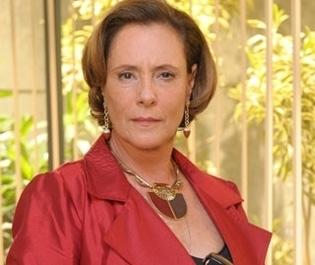 Em nova novela, Elizabeth Savalla será ex-Chacrete com mágoas de Rita Cadillac