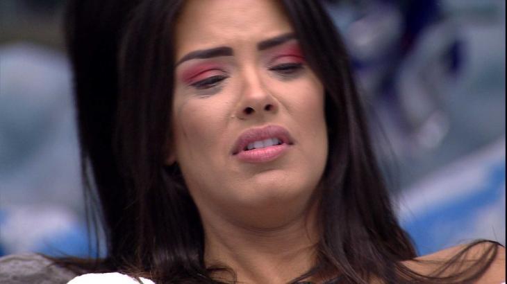 Ivy fica desolada com eliminação de Marcela - Reprodução/Globoplay