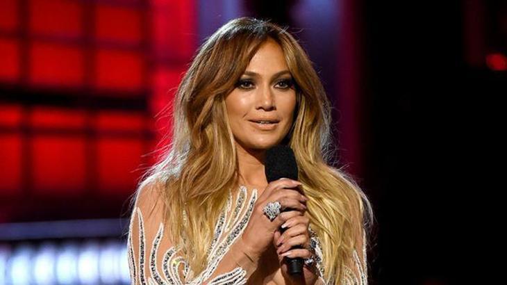 Jennifer Lopez completa 50 anos em julho