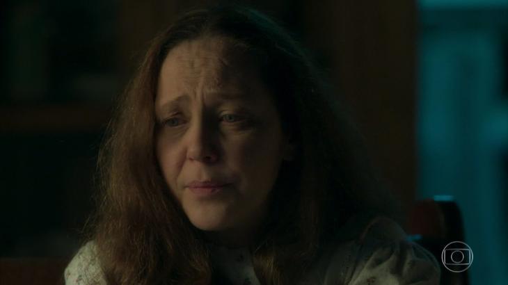 Judith revela assassinatos e se mata em seguida - Reprodução/TV Globo