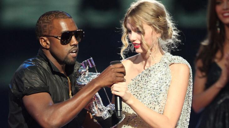 Kanye West afirma que Deus queria que ele interrompesse discurso de Taylor Swift em 2009