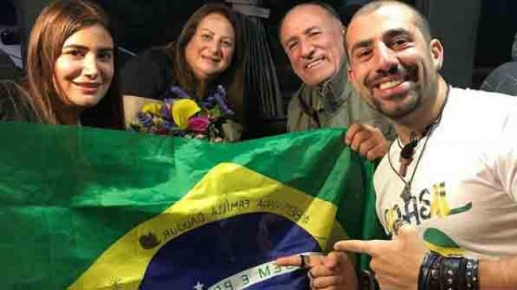 Kaysar e a família durante reencontro no Brasil - Foto: Reprodução/Instagram