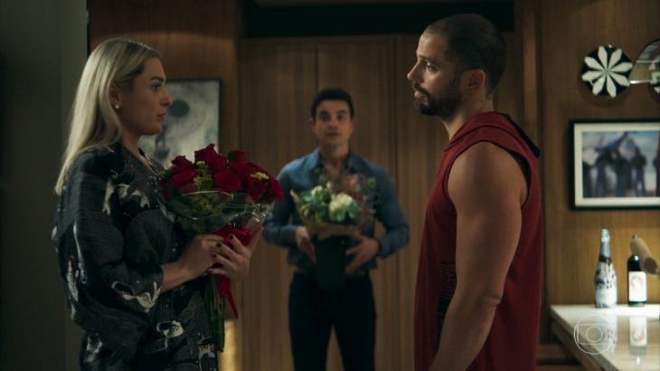 Kim pecisa se decidir entre Márcio e Paixão em A Dona do Pedaço - Reprodução/TV Globo