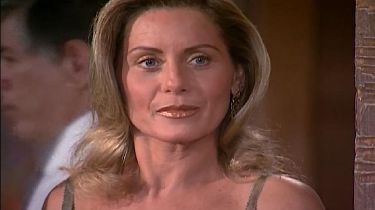 Vera Fischer como Helena em cena de Laços de Família, em reprise na Globo
