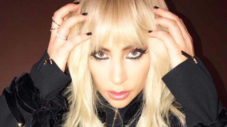 Lady Gaga pagou mico - Foto: Reprodução