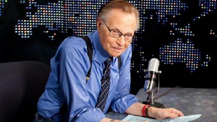Apresentador Larry King morre aos 87 anos, vítima da Covid-19