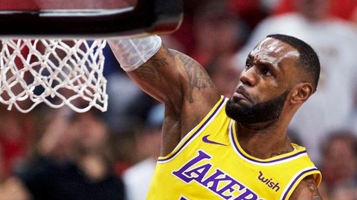 Astro do basquete, LeBron James deve produzir filme