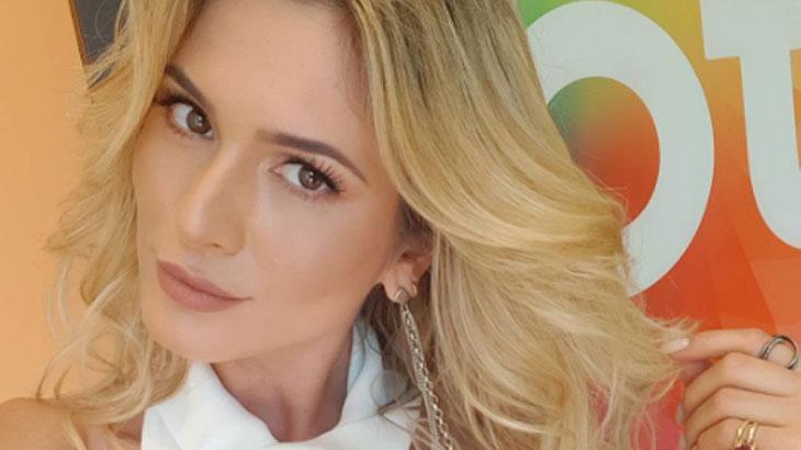 "Lívia Andrade opina sobre boicote no SBT e confirma convite para reality: \""Quase\"""