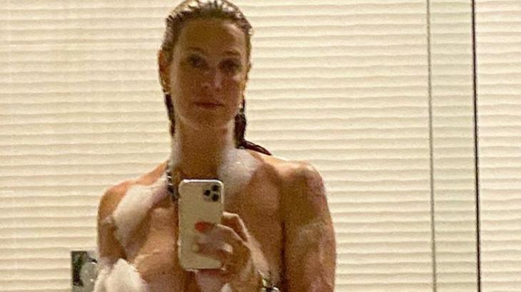 Aos 43 anos, Luana Piovani esbanjou corpaço em clique divulgado em rede social - Foto: Reprodução/Instagram