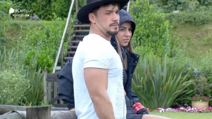 Lucas Viana e Hariany Almeida em A Fazenda 11 (Reprodução)