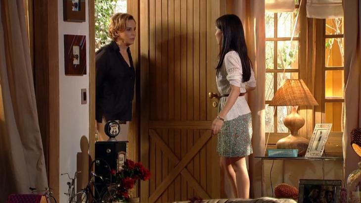 Manuela e Eva conversando em A Vida da gente