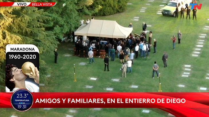 Maradona é enterrado no mesmo cemitério dos pais