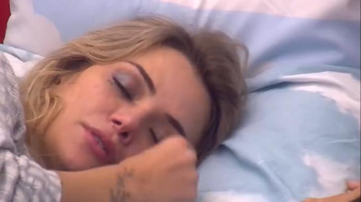 Marcela chorou muito após eliminaçãode Daniel do BBB20 - Foto: Globo