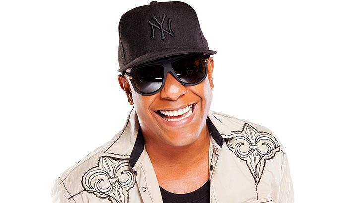 O cantor Márcio Vitor