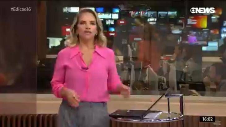 Maria Beltrão dançando ao fundo - Foto: Reprodução/Globonews