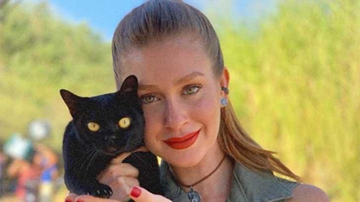 Marina Ruy Barbosa e o gato León - Reprodução/Instagram