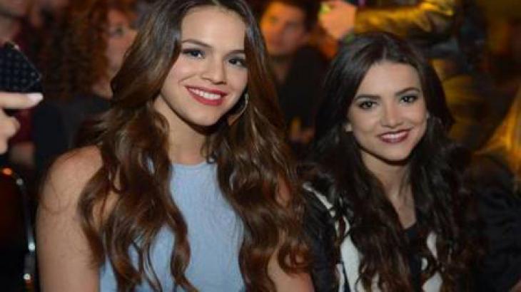 Bruna Marquezine e Manu Gavassi