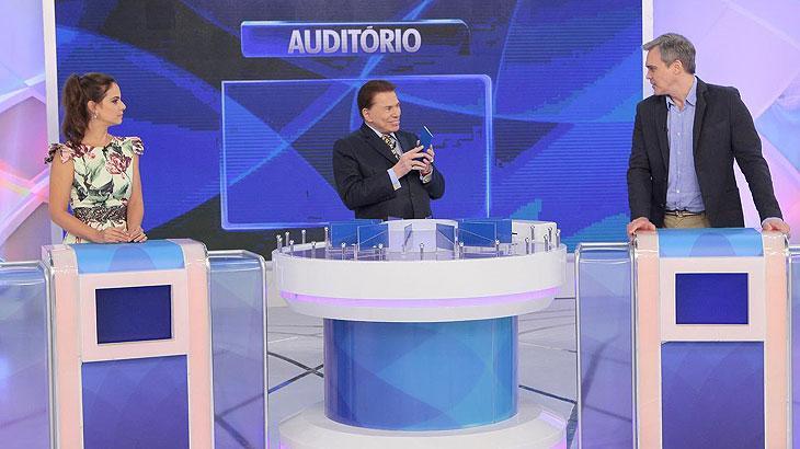 Silvio Santos recebe os atores Milena Toscano e Dalton Vigh