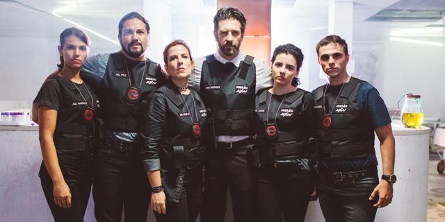 AXN estreia neste domingo série protagonizada por fãs