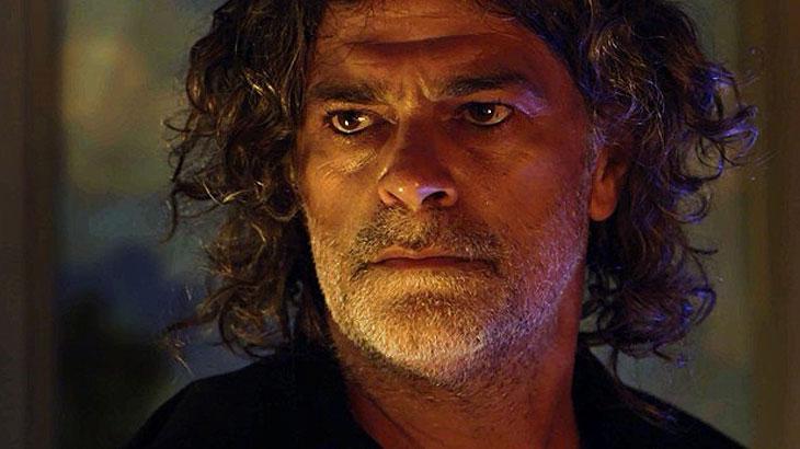 Após fim de castigo, León volta a ser humano, que se chama Murilo