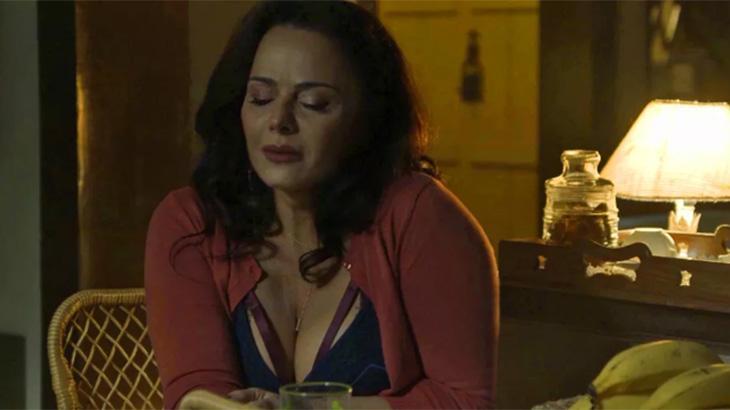 Viviane Araújo como Neide em