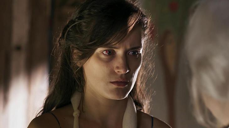 Clara após ser agredida por Gael Fotos: Reprodução/Globo