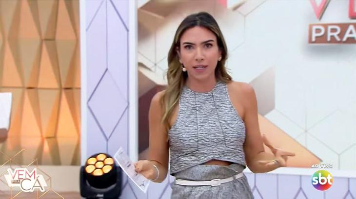 Patrícia Abravanel no palco do Vem Pra Cá no SBT