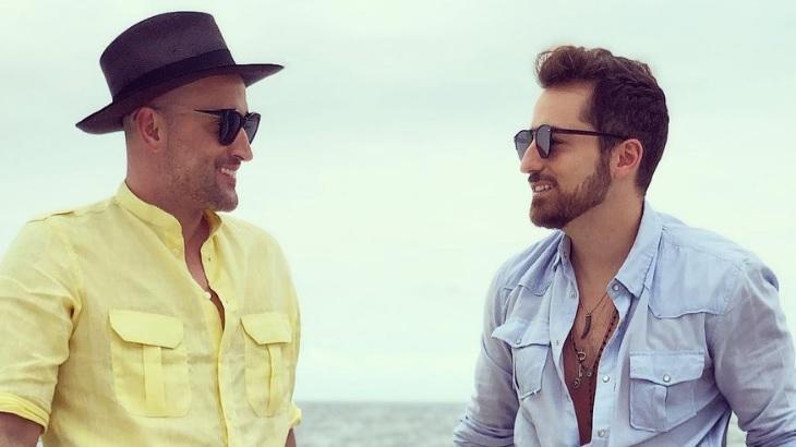 Paulo Gustavo e Thales Bretas posa para foto no Instagram