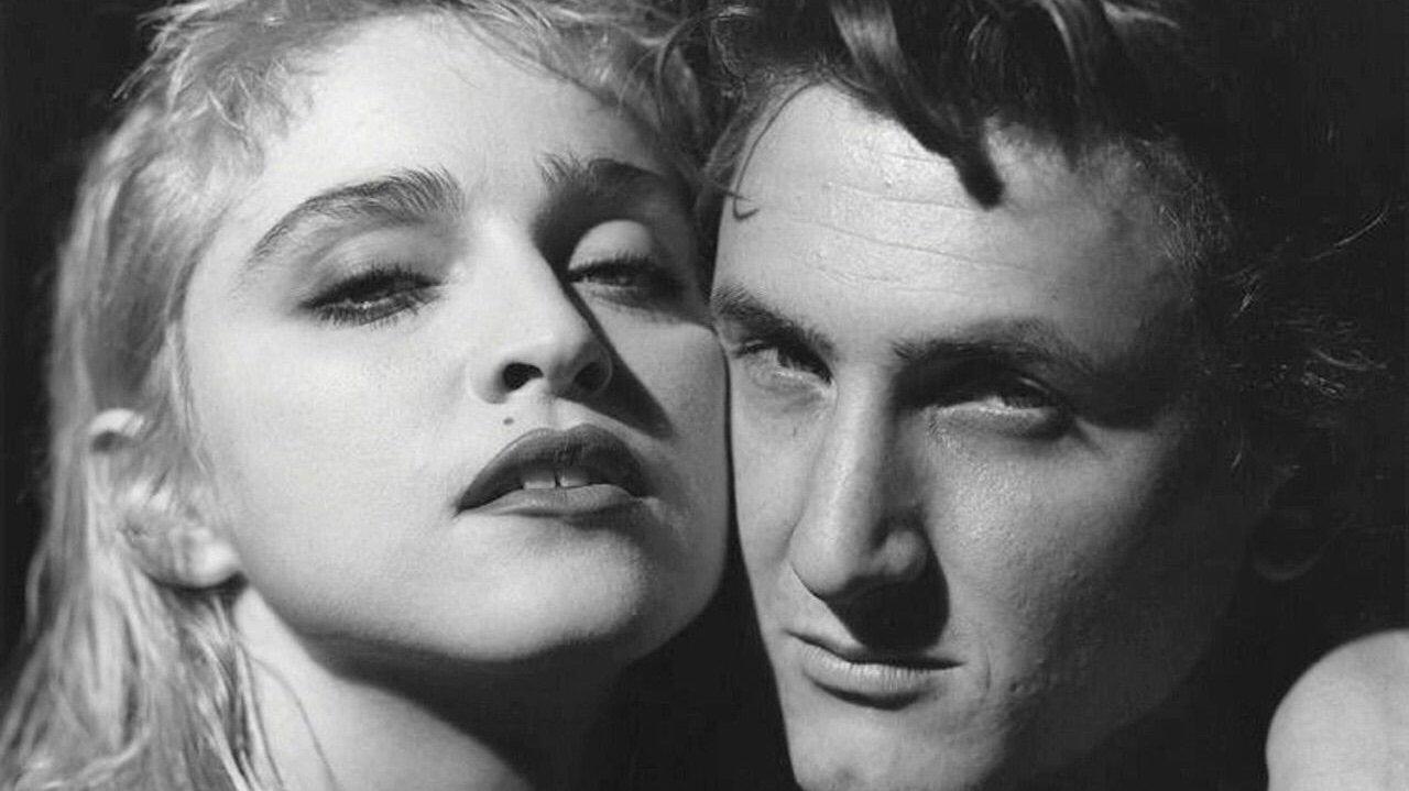 O casamento de Madonna com Sean Pean durou de 1985 a 1989, e teria sido marcado por denúncias de violência doméstica por causa dos ciúmes do ator. Em 2015, a cantora negou que ele tenha tentado matá-la.