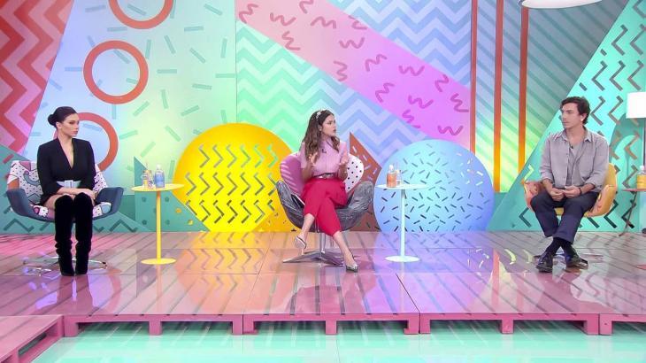Maisa recebe Flavia Pavanelli e Di Ferrero no palco - Divulgação/SBT