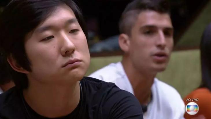 Pyong acabou passando do ponto em comemoração e pediu desculpas para Prior - Foto: Globo