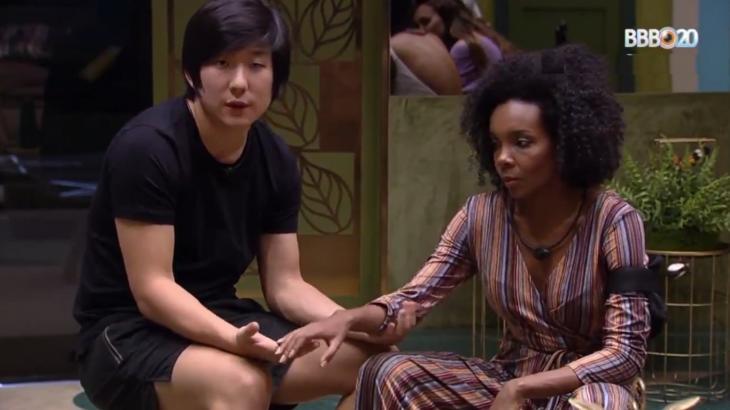 Pyong Lee deixou braço de Thelma dormente no BBB20