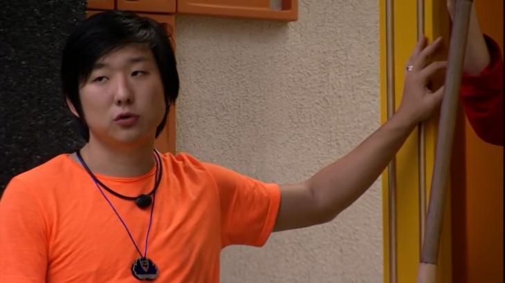 Pyong Lee parece que já sabe quem vai ser emparedado nesta semana no BBB20 - Foto: Globo