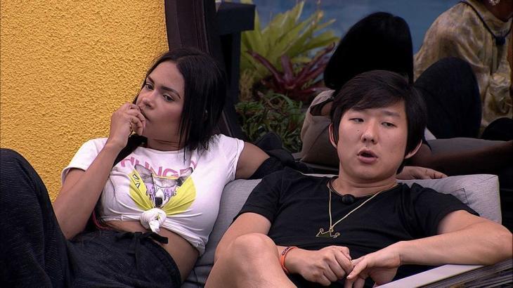 Pyong e Flayslane conversando no BBB20