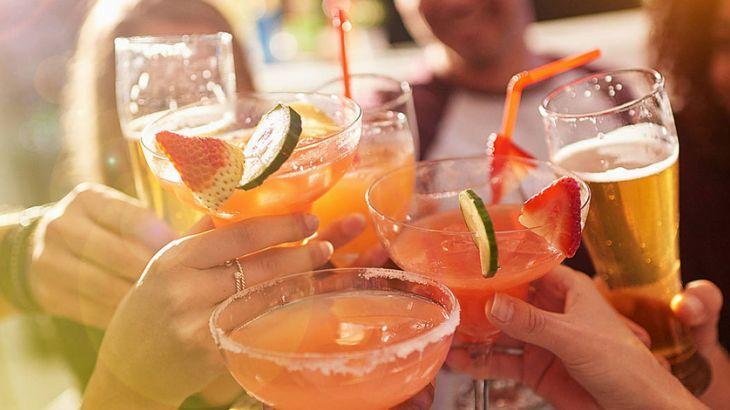 No happy hour com amigos você costuma beber...