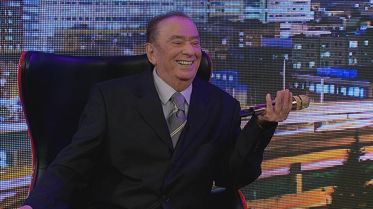 O apresentador Raul Gil em primeira entrevista sobre seu acidente, para o Domingo Espetacular (Foto: Divulgação/RecordTV)