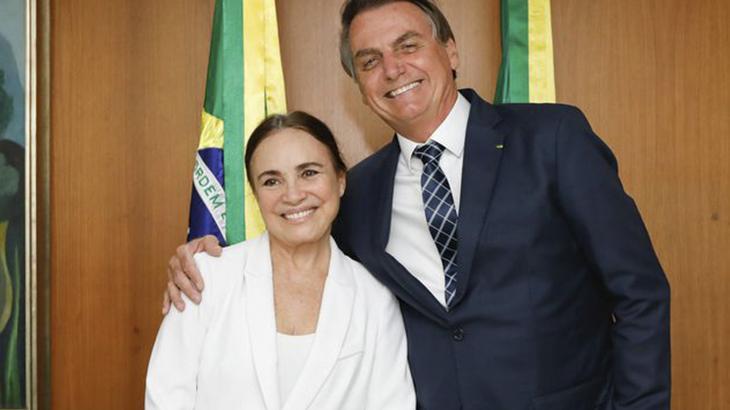 Regina Duarte ressuscita a Viúva Porcina no Governo Bolsonaro