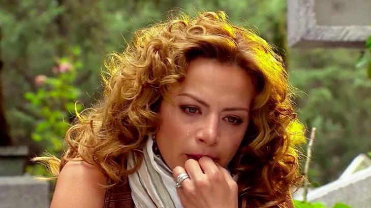 Renata chorando em Quando me apaixono