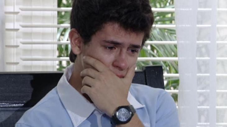 René Junior chora em Fina Estampa - Divulgação/TV Globo
