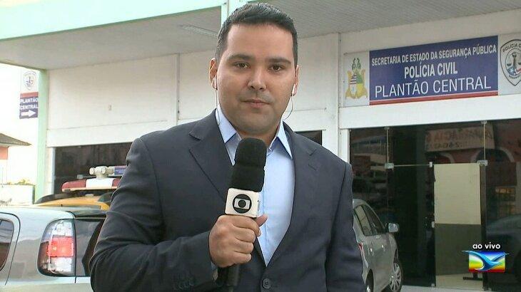Olavo Sampaio em transmissão ao vivo